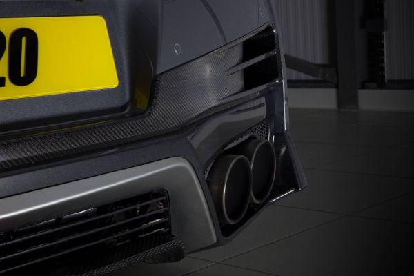 LM20 carbon fiber rear vent