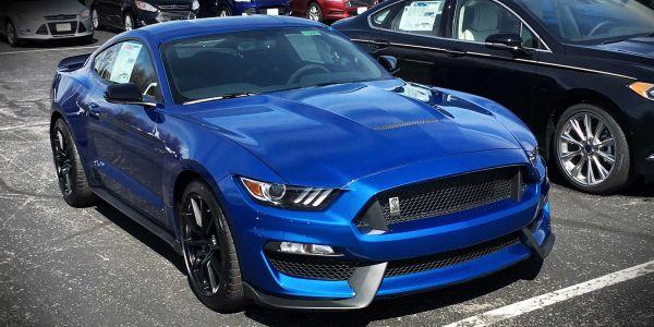 American Car sales 8