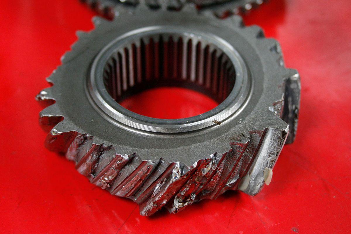 nissan gtr gearbox repairs