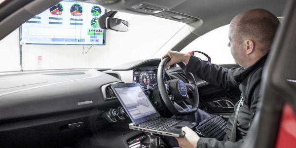 Audi R8 laptop